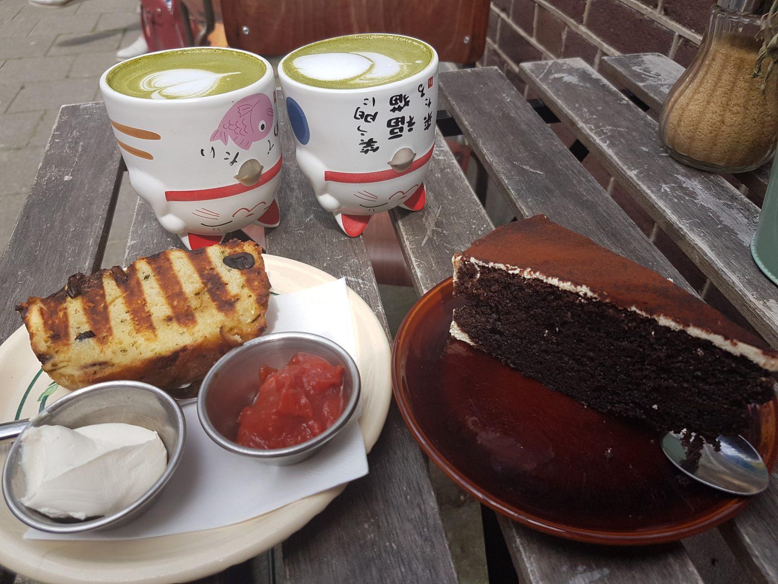 アムステルダムオーストのカフェ