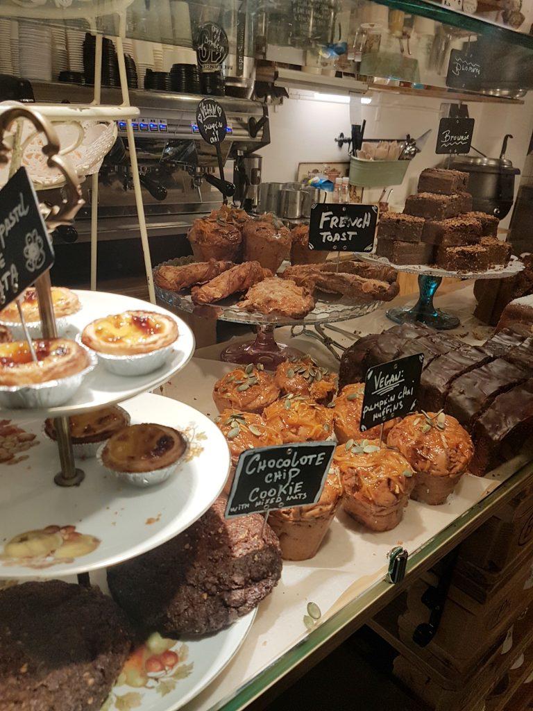アムステルダムのカフェのケーキ