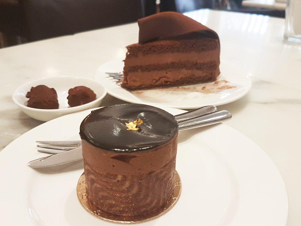 パティスリーポンパドールのチョコレートケーキ