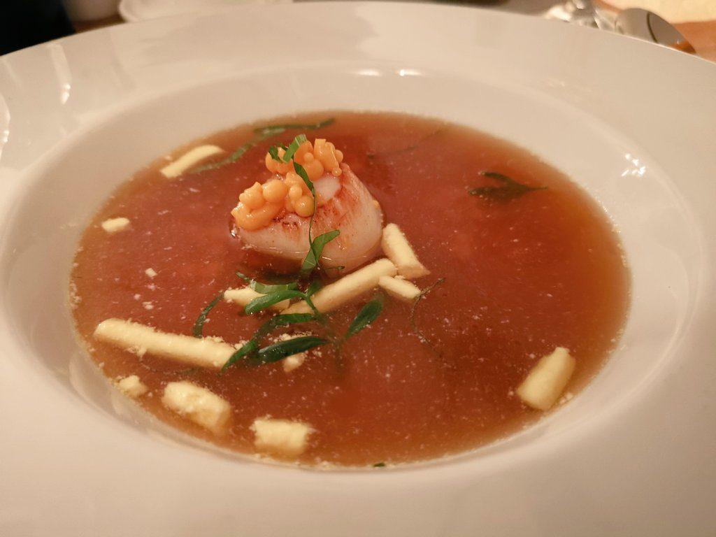 アムステルダムのミシュラン1つ星レストランのスープ