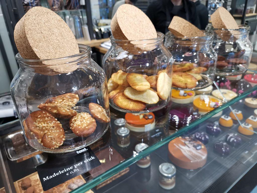 アムステルダムのケーキ屋さんのマドレーヌ