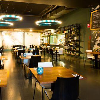 アムステルダムのスパ ZUIVERのレストラン