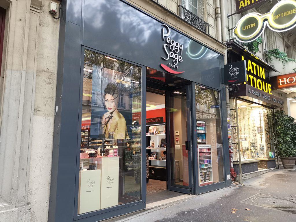 パリの美容卸ショップ