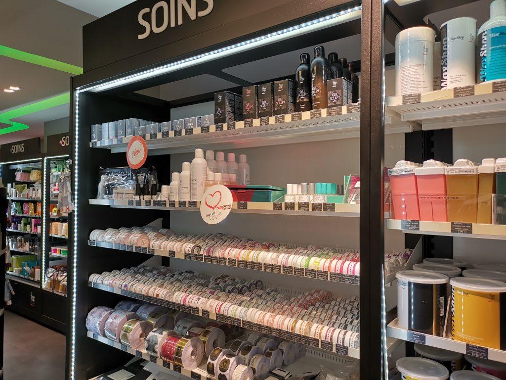 パリの美容卸問屋 アクリルネイル商材