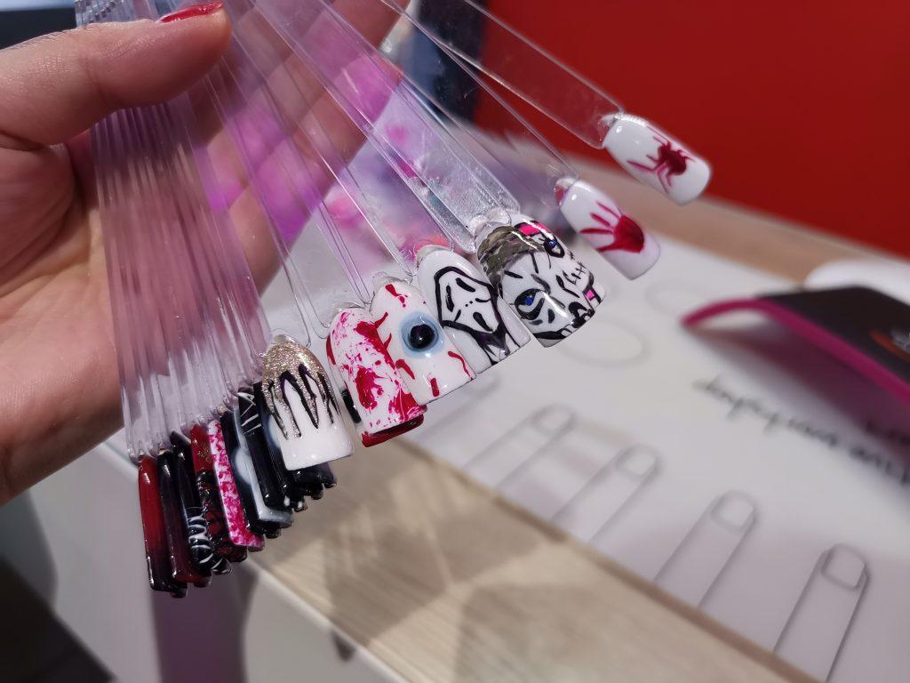 パリの美容卸問屋 ネイルアートチップ