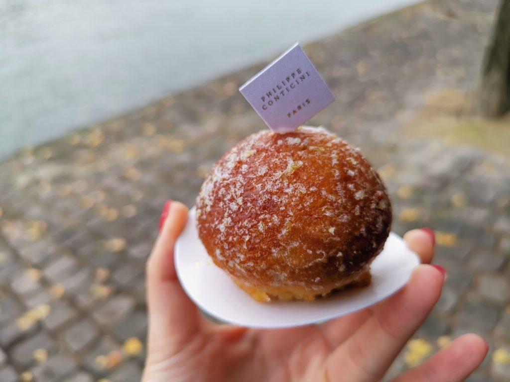 パリの美味しいケーキ屋さんのレモンケーキ