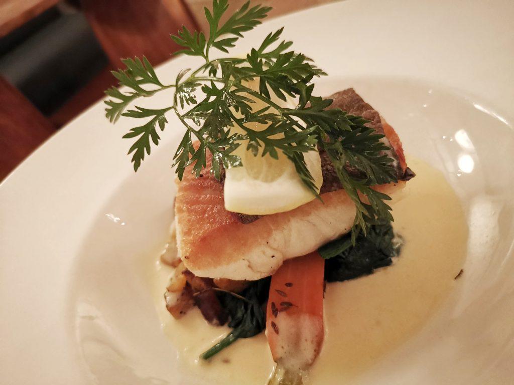 アムステルダムの地中海料理メインのお魚