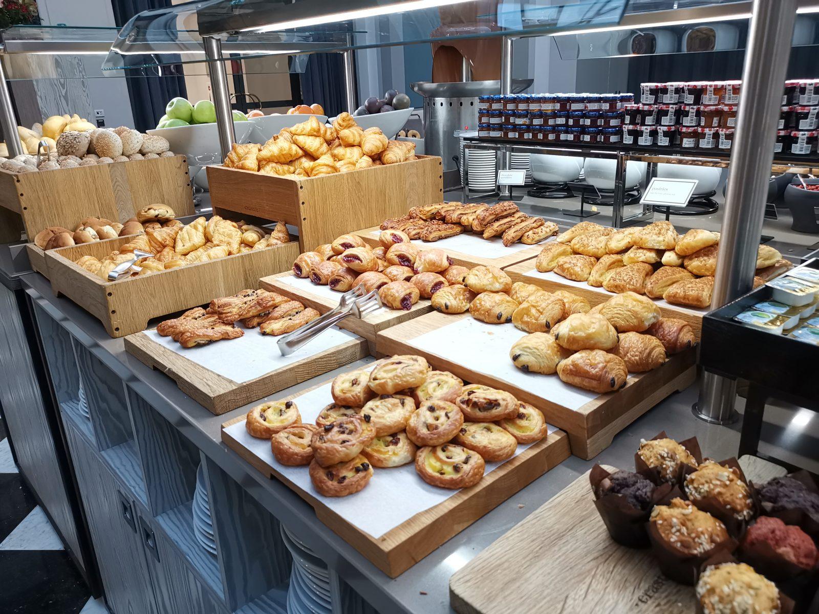 NH コレクション アムステルダム グランド ホテル クラスナポルスキーの朝食(デニッシュ系)