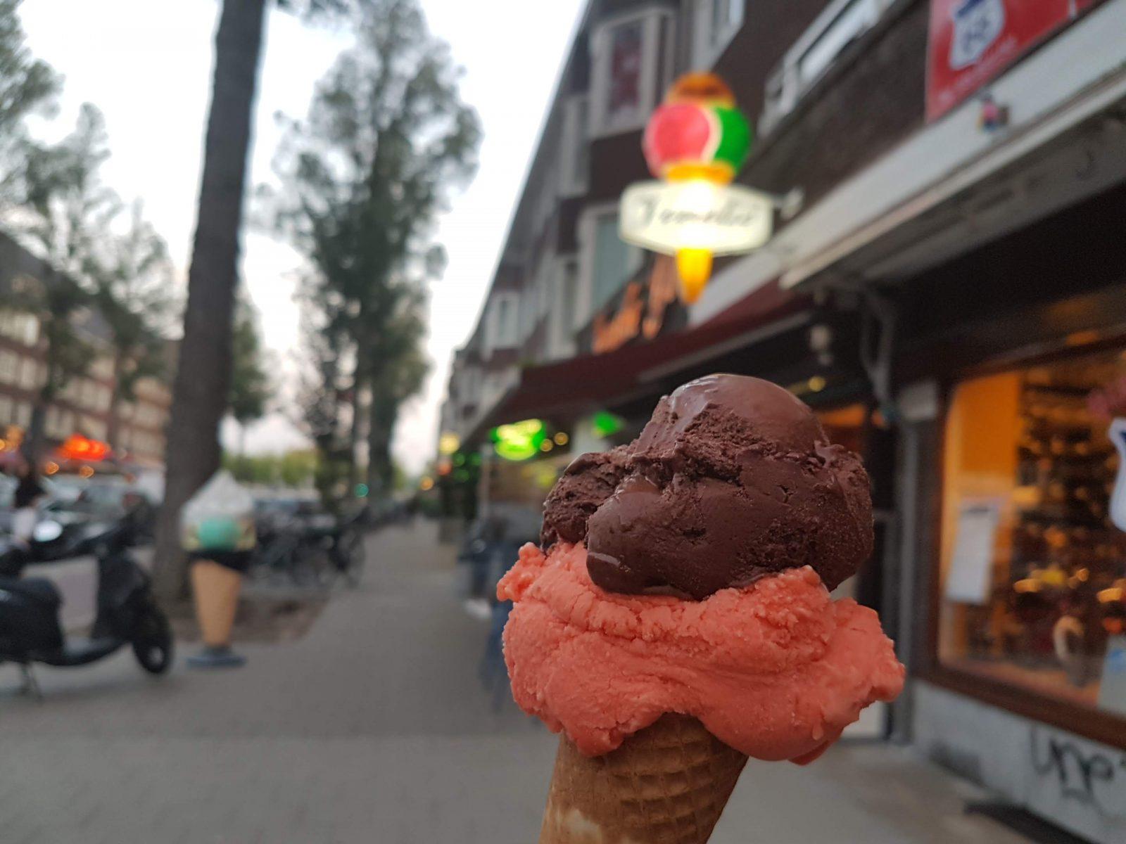 アムステルダムのアイスやさん